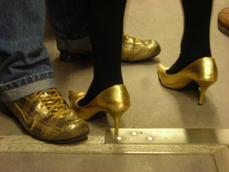 Разликите при мъжете и жените, що се отнася до обувките