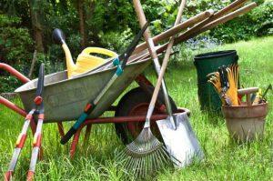 инструментите в градината